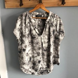 V neck marble blouse top